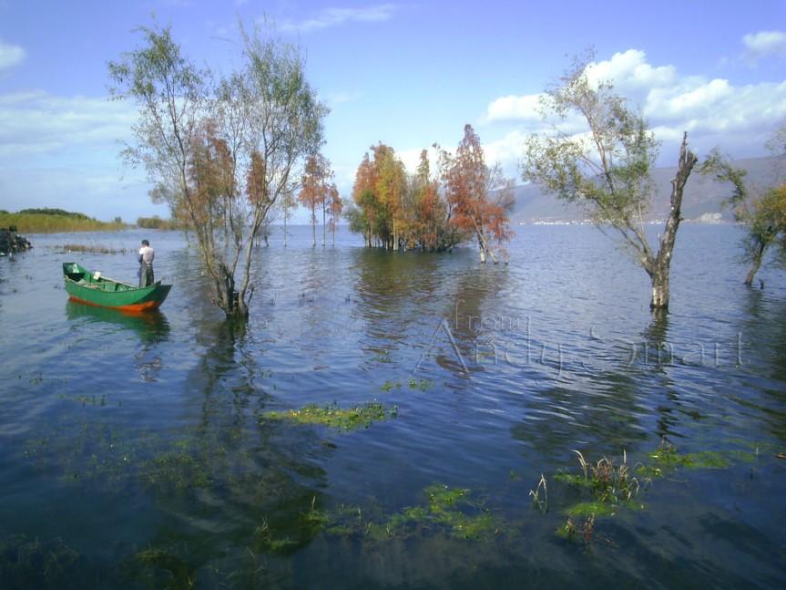 Erhai Lake - Dali, Yunnan Province