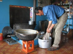 Batmuch making byaslag - Renchinhumbe
