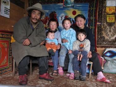 Tomorr, Paraham Docham and Children